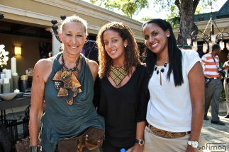Donna Karan, founder of Urban Zen exposing next to Sara & Stéphanie, producers of Créations dorées @ Invest in Haïti