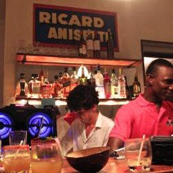 Un soir . Yon swa . One night . Una noche @ Yanvalou Café . Bar . Restaurant